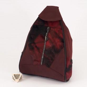 КОД : 0028B Мини дамска раница от естествена кожа и естествен косъм в цвят бордо