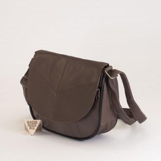 КОД: 0031 Малка дамска чанта от естествена кожа на парчета в цвят каки