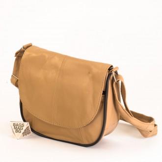 КОД: 0031 Малка дамска чанта от естествена кожа на парчета в бежов цвят
