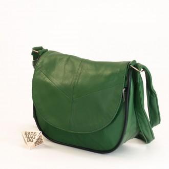 КОД: 0031 Малка дамска чанта от естествена кожа на парчета в зелен цвят