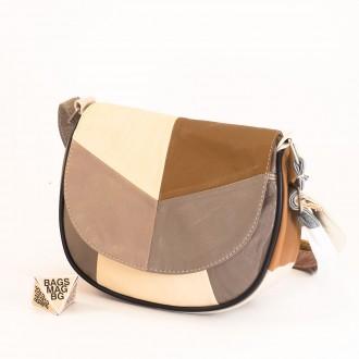 КОД: 0031 Малка дамска чанта от естествена кожа на парчета в светли пастелни цветове