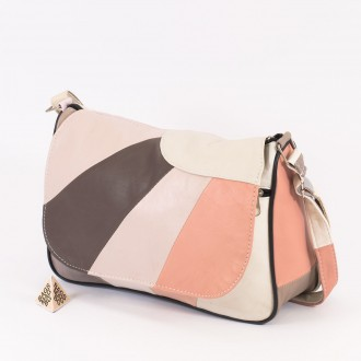 КОД: 0034B Дамска чанта от естествена кожа на парчета в светли пастелни цветове