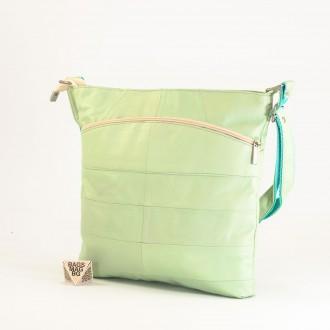 КОД: 0049 Дамска чанта от естествена кожа на парчета в цвят мента
