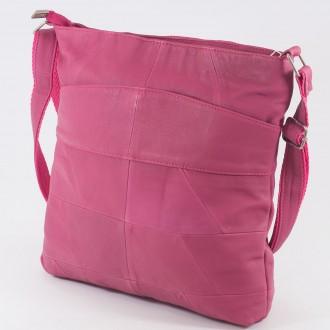 КОД: 0049 Дамска чанта от естествена кожа на парчета в розов цвят