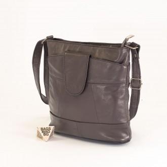 КОД: 0049C-18 Малка дамска чанта от естествена кожа на парчета