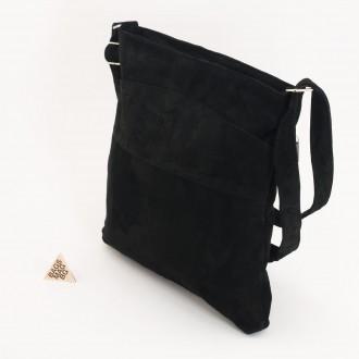 КОД: 0049V Дамска чанта от естествен велур на парчета в черен цвят