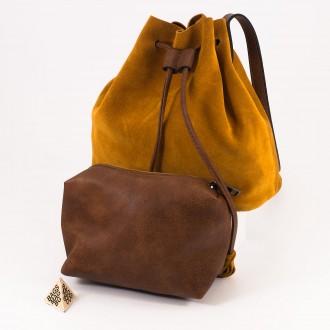 КОД : 0062 Малка дамска чанта 2 в 1 тип торба от естествена кожа и естествен велур в цвят тиква