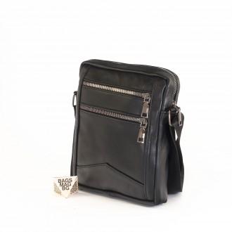 КОД : 0070-1 Мъжка чанта от естествена кожа в черен цвят - малък размер