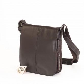 КОД : 00770-1 Мъжка чанта от естествена кожа в кафяв цвят - малък размер