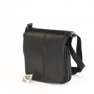 КОД : 00770-1 Мъжка чанта от естествена кожа в черен цвят - малък размер
