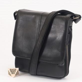 КОД : 00771 Мъжка чанта от естествена кожа в черен цвят