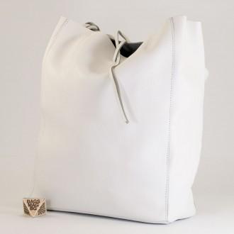 КОД : 0086-1 Дамска чанта тип торба от естествена кожа в бял цвят