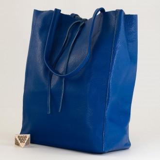 КОД : 0086-1 Дамска чанта тип торба от естествена кожа в син цвят
