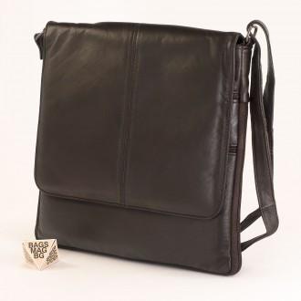 КОД : 01013 Мъжка чанта от естествена кожа в тъмно кафяв цвят