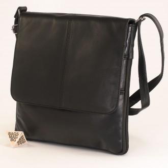 КОД : 01013 Мъжка чанта от естествена кожа в черен цвят