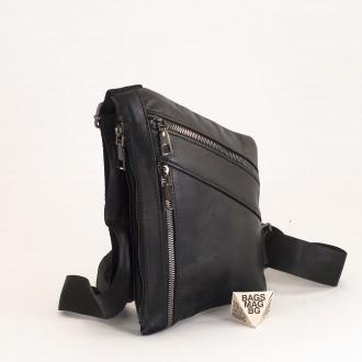 КОД : 01016 Мъжка чанта от естествена кожа в черен цвят