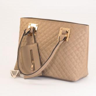КОД: 01042 Дамска чанта от еко кожа в цвят каки
