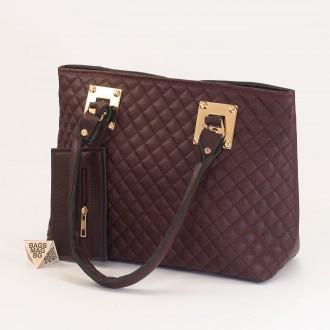 КОД: 01042 Дамска чанта от еко кожа в цвят бордо