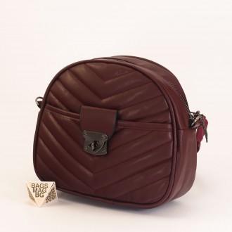 КОД: 01044-4 Малка дамска чанта от еко кожа в цвят бордо