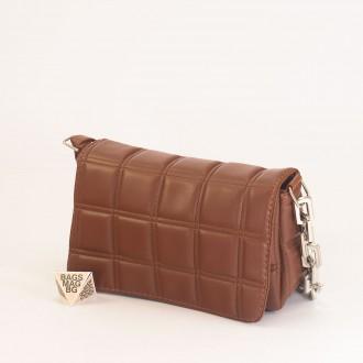 КОД: 01044-5 Малка дамска чанта от еко кожа в кафяв цвят