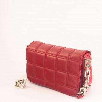КОД: 01044-5 Малка дамска чанта от еко кожа в червен цвят