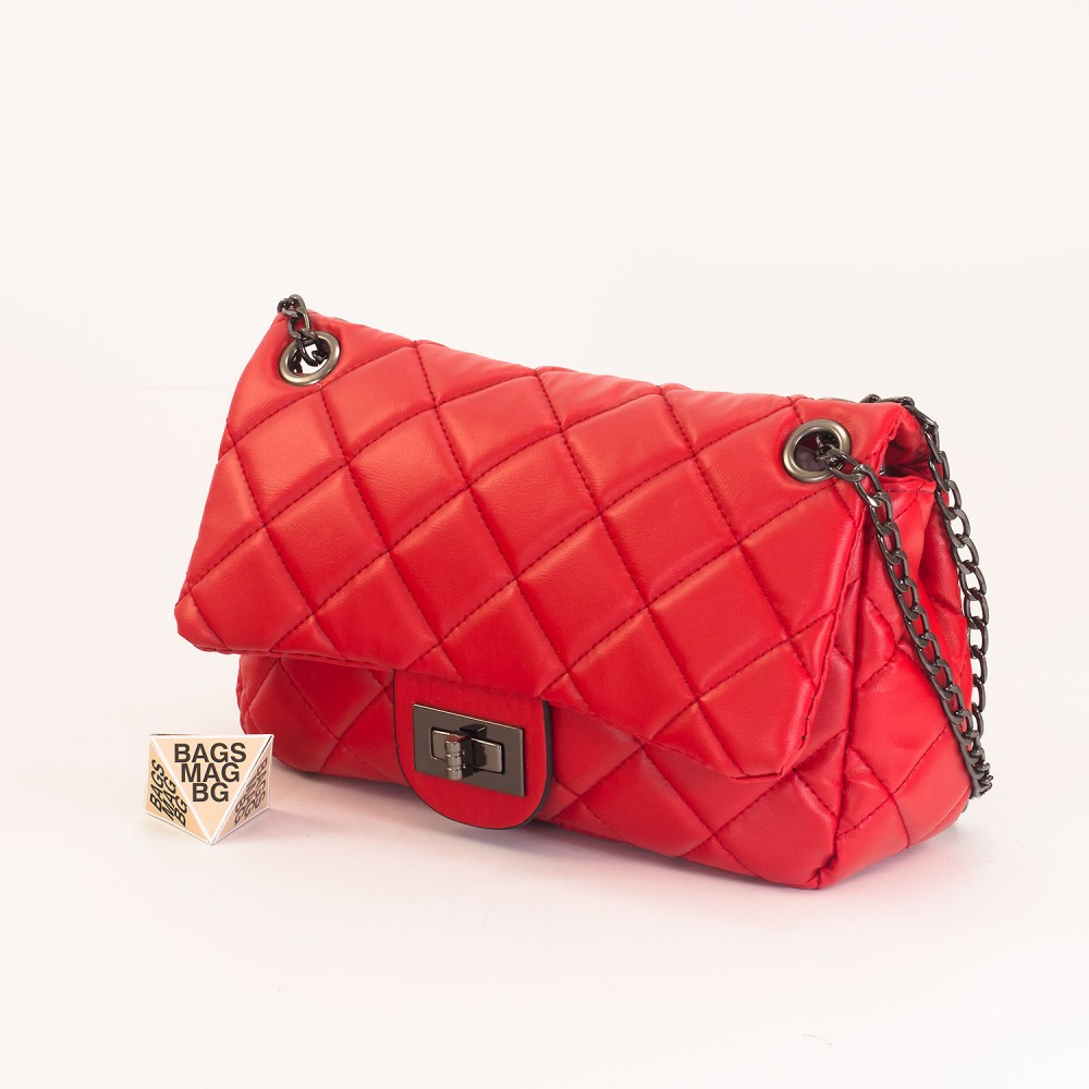 КОД: 01044-3 Малка дамска чанта от еко кожа в червен цвят