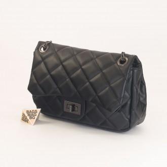 КОД: 01044-3 Малка дамска чанта от еко кожа в черен цвят