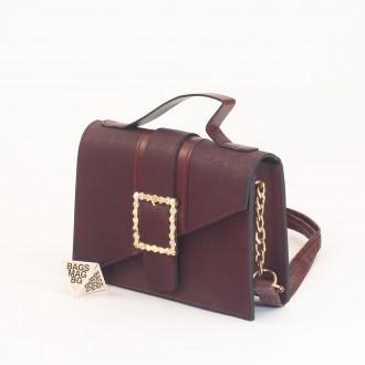 КОД: 01044-1 Малка дамска чанта от еко кожа в цвят бордо