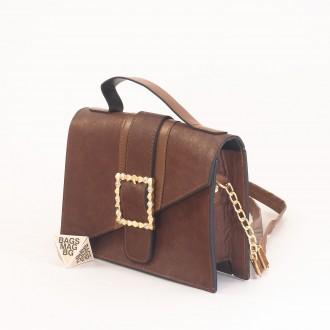 КОД: 01044-1 Малка дамска чанта от еко кожа в кафяв цвят