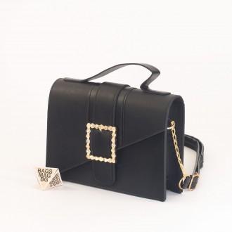 КОД: 01044-1 Малка дамска чанта от еко кожа в черен цвят