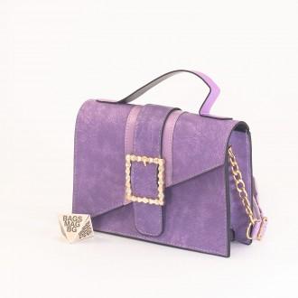 КОД: 01044-1 Малка дамска чанта от еко кожа в лилав цвят