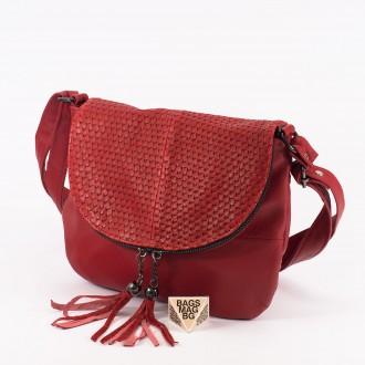 КОД: 0303 Дамска чанта от естествена кожа в червен цвят