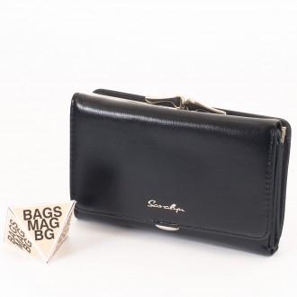 КОД : 0345 Дамски портфейл от плътна и висококачествена еко кожа в черен цвят
