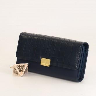 КОД : 0771 Дамски портфейл от плътна и висококачествена еко кожа в син цвят