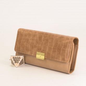 КОД : 0771 Дамски портфейл от плътна и висококачествена еко кожа в бежов цвят