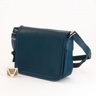 КОД: 0772 Дамска чанта от естествена кожа в тъмно син цвят