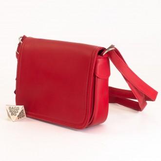 КОД: 0772 Дамска чанта от естествена кожа в червен цвят