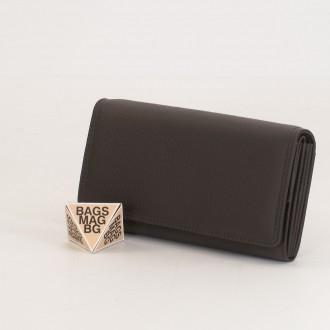 КОД : 1001 Дамски портфейл от естествена кожа в цвят кафе