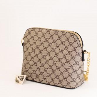 КОД: 1003 Малка дамска чанта от плътна и висококачествена еко кожа в черен цвят