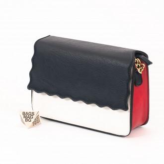 КОД: 1017 Малка дамска чанта от плътна и висококачествена еко кожа в син цвят - трицветна