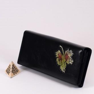 КОД : 1136 Дамски портфейл от плътна и висококачествена еко кожа в черен цвят