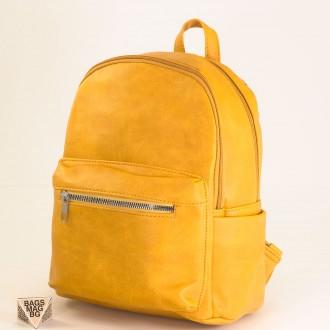 КОД: 1961 Дамска раница от плътна и висококачествена еко кожа в жълт цвят
