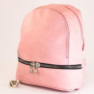 КОД: 217 Дамска раница от плътна и висококачествена еко кожа в розов цвят