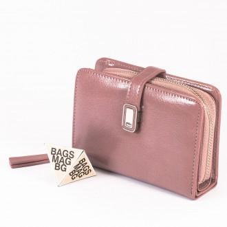 КОД : 2335 Дамски портфейл от плътна и висококачествена еко кожа в розов цвят