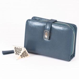 КОД : 2335 Дамски портфейл от плътна и висококачествена еко кожа в син цвят