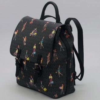 КОД: 2352 Дамска раница/чанта от плътна и висококачествена еко кожа в черен цвят