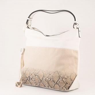 КОД : 2387 Дамска чанта тип торба от плътна и висококачествена еко кожа в бял цвят