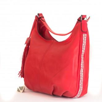 КОД : 2390 Дамска чанта тип торба от плътна и висококачествена еко кожа в червен цвят