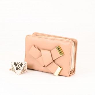 КОД : 277 Дамски портфейл от плътна и висококачествена еко кожа в цвят априкот
