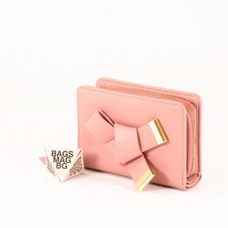 КОД : 277 Дамски портфейл от плътна и висококачествена еко кожа в розов цвят